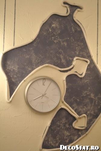Ceas a la Dali